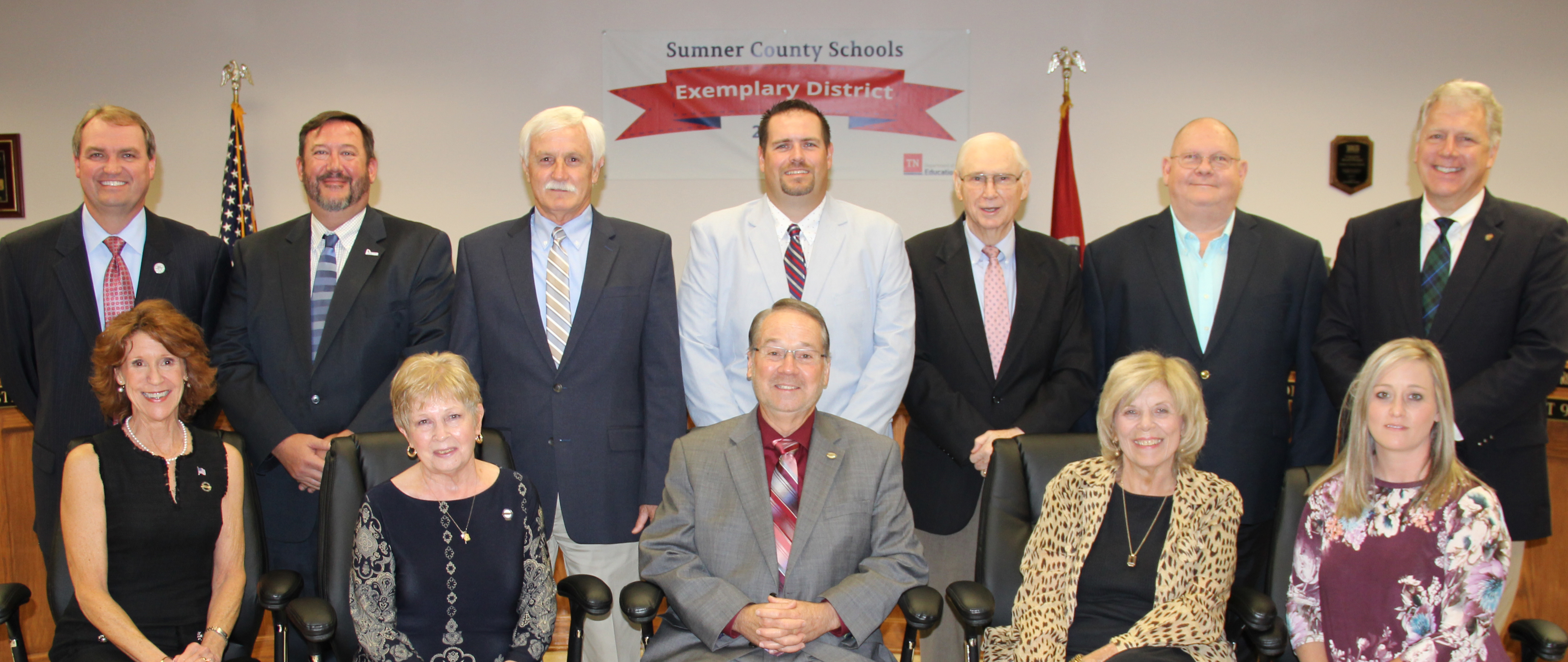 2018 Board Members with Dr. Phillips